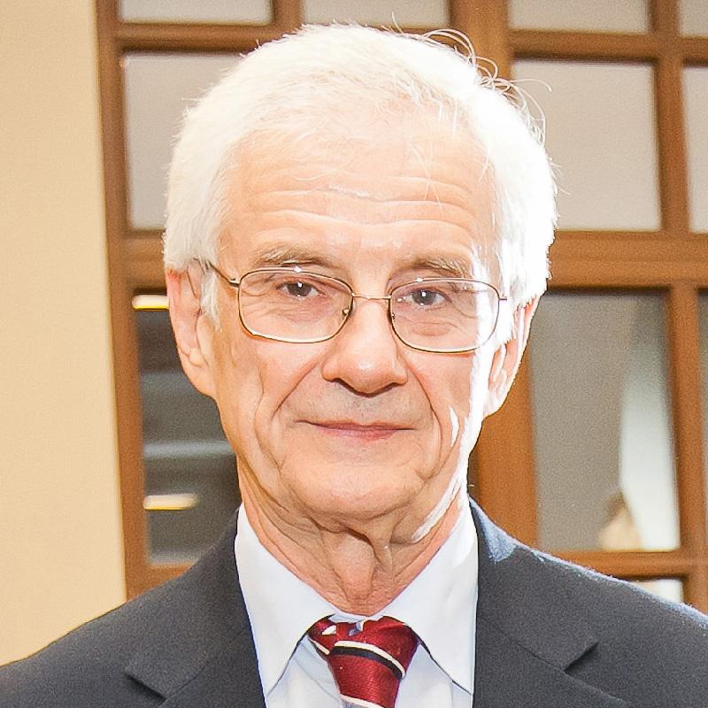 Олег Криса